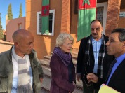 The Norwegian ambassador to Morocco, Merethe Nergaard (in he middle), participated in the summing up event together with research assistent Omar Aatabi (to the left) and the president of Espace Associatif de la province d'Al Haouz, Abdellatif Jaidi (to the right).